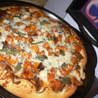 Roasted Butternut Squash And Caramelized Onion Pizza With ...