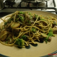 how to make beef and broccoli lo-mein