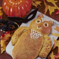 Image of Owl Bread For Halloween Recipe, Group Recipes