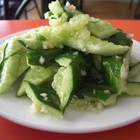 拍黄瓜 Chinese Smacked Cucumber Salad Recipe
